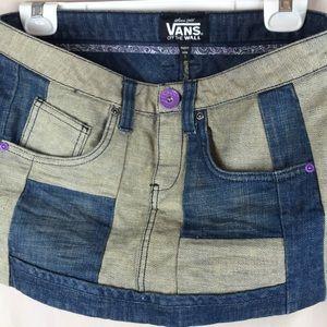 Like new Vans mini denim skirt size 7